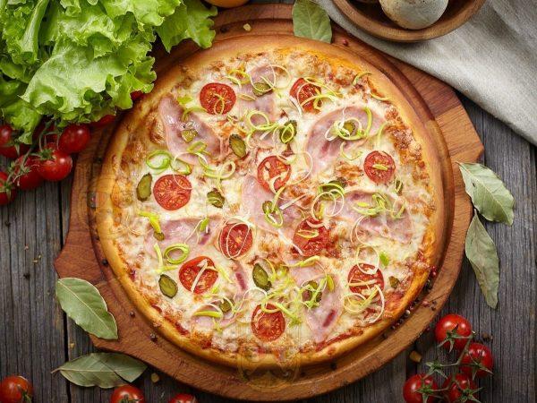 "Пицца ""Жгучая Мексика"" от Big Benny."