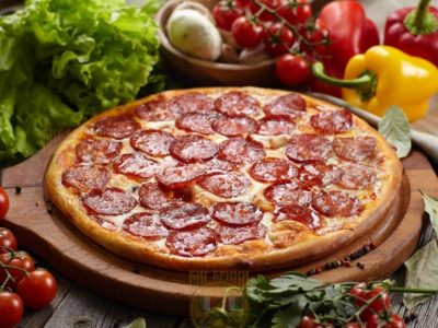 """Пицца """"Пепперони"""" от Big Benny. Полный вид"""