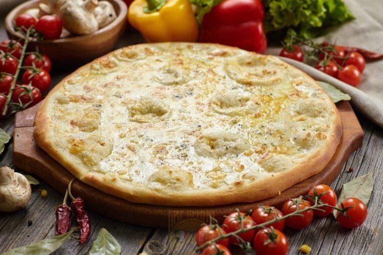 Пицца Сырное Ассорти от Big Benny. Полный вид