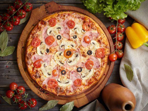 """Пицца """"Капричеза"""" от Big Benny."""
