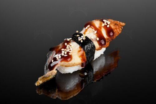 Суши с угрем от Биг Бенни